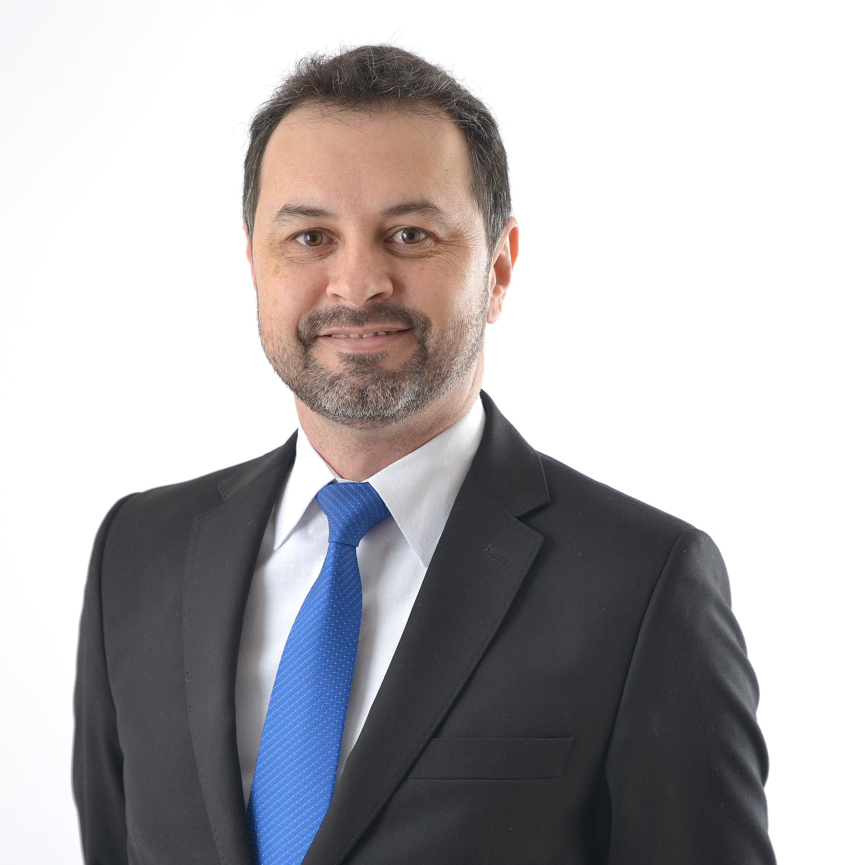 Douglas Adriano Pires