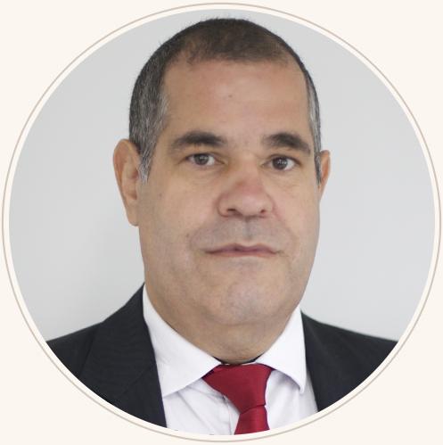 Pastor Adeilton Carlos Silva