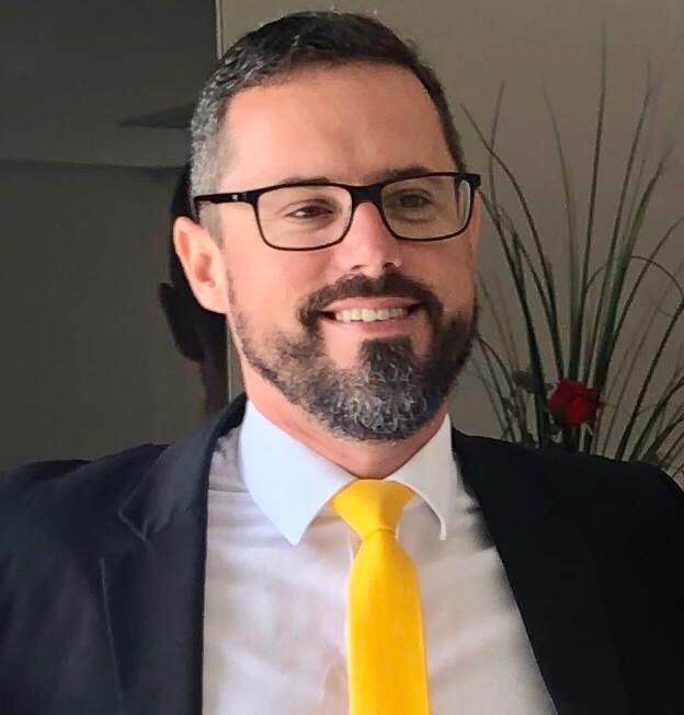Pastor Tiago Luis Schneider Lucion